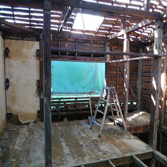#大阪解体工事、手バラシ木造解体
